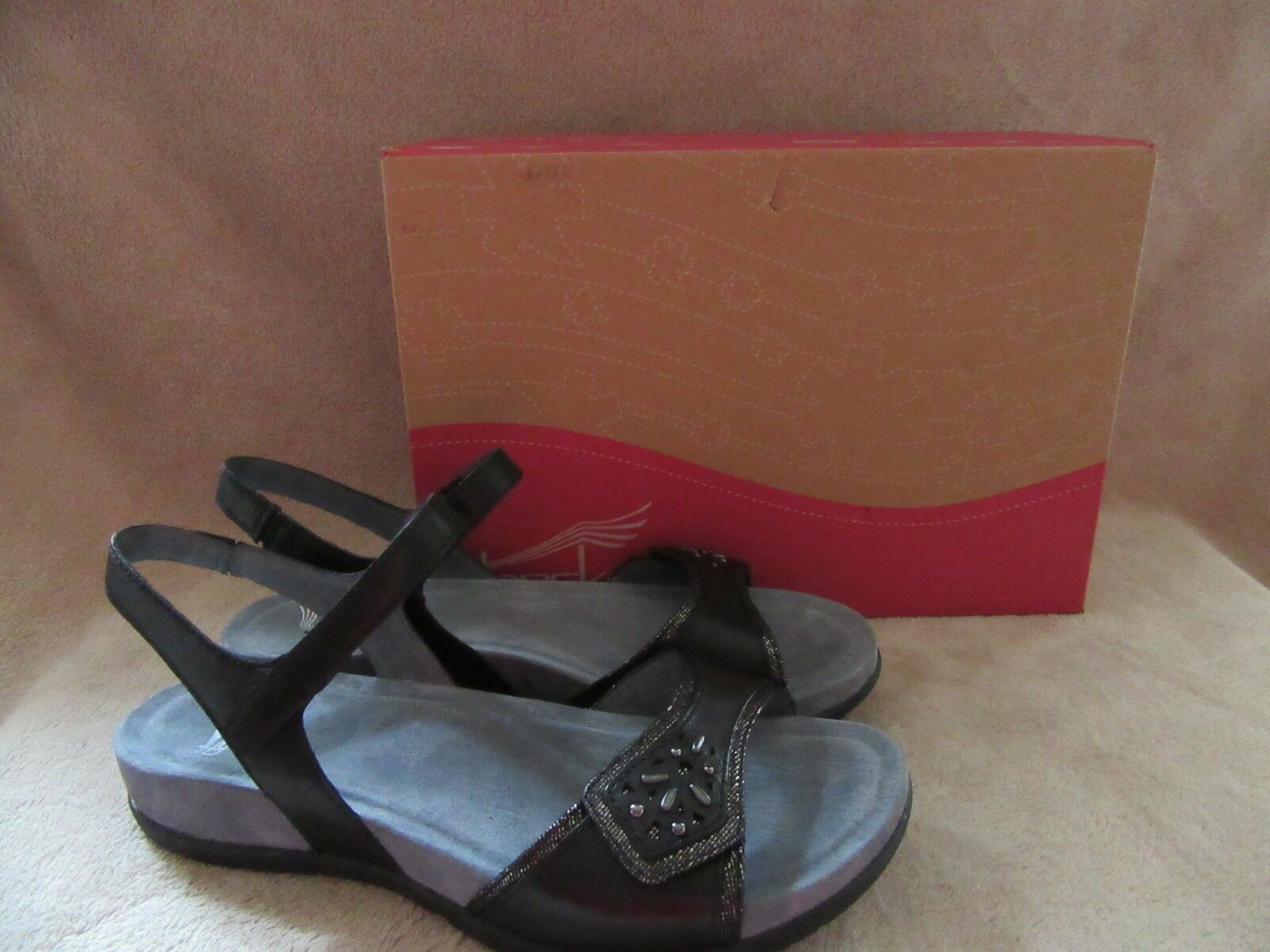 DANSKO Blythe Full Grain Black Leather Sandals Shoes US 8.5 - 9 M NWB