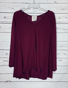 Boutique Fantastic Fawn Women's S Small Burgundy V Neck Long Sleeve Sweater Top