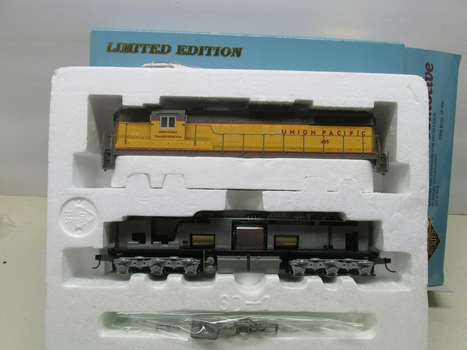 ProssoO  30152 UNION PACIFIC SD7 POWErosso LOCOMOTIVE  455 DCC READY HO SCALE