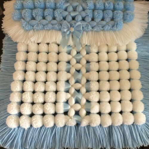 Luxurious Baby Pom Pom Blanket in Blue /& White with Sparkle Detail