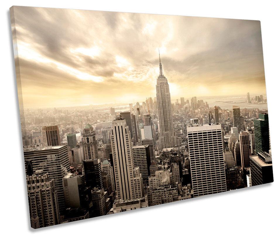 New York City Skyline Cream SINGLE CANVAS WALL ART Framed Print