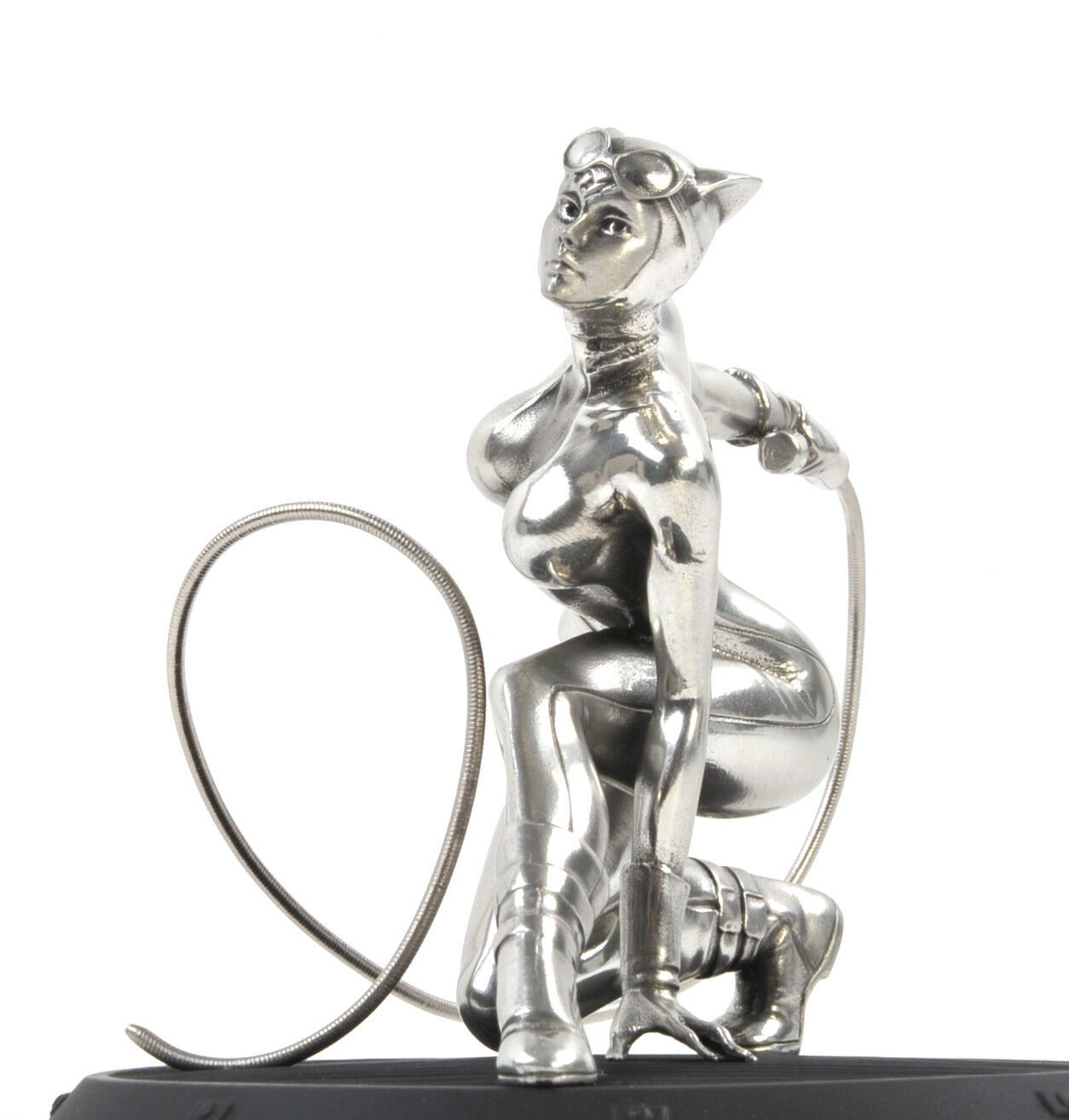 Catwoman DC Comics Figurine - Sculpture by Royal Selangor