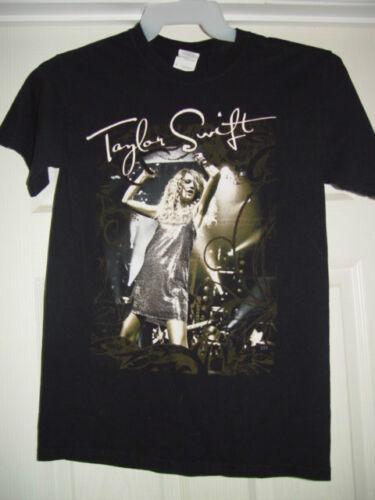 Taylor Swift  T-Shirt Gildan Ultra Cotton Size Sm