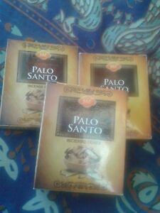 conos  PALO SANTO     sac  pack de 3 mas   3 chapas porta incienso/ 30 conos