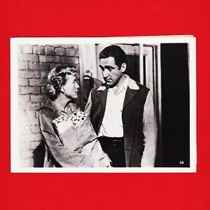Kinofoto-Szenenbild-15-Allianz-Film-GmbH-034-Entfesselte-Jugend-034-1956-18cm-x-13cm