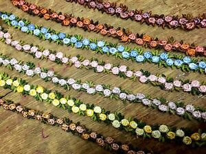 VINTAGE-Embroidered-3-8-034-cotton-ROSETTE-TRIM-Made-in-Czechoslovakia-1-yd