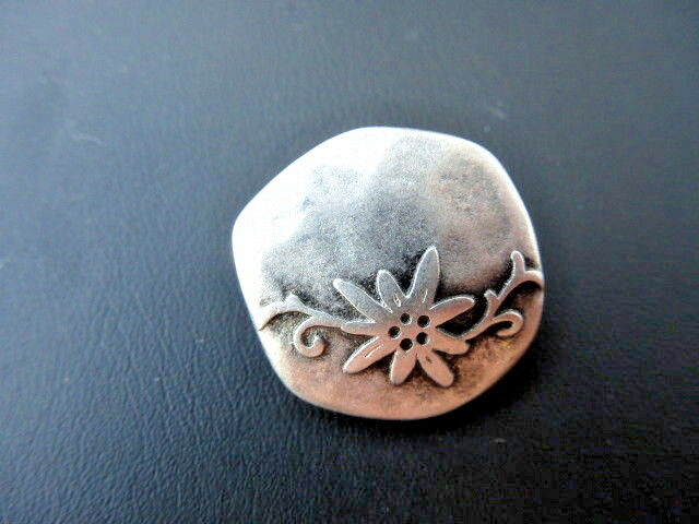 Traditional Costume Button Button with Eyelet Edelweiss 23mm Metal UK 200474