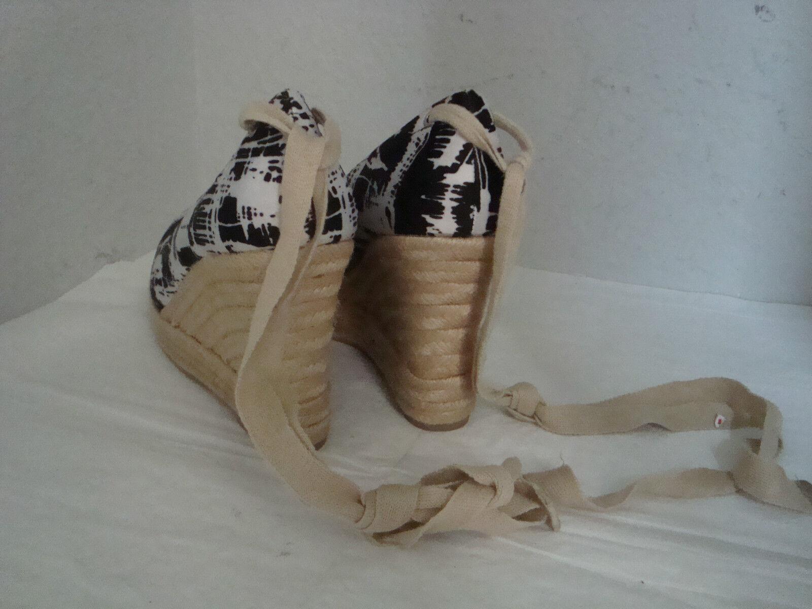 New Boutique 9 Btmarcello Btmarcello Btmarcello Black White Fabric Pint Wedge shoes 9 Medium c0d88e