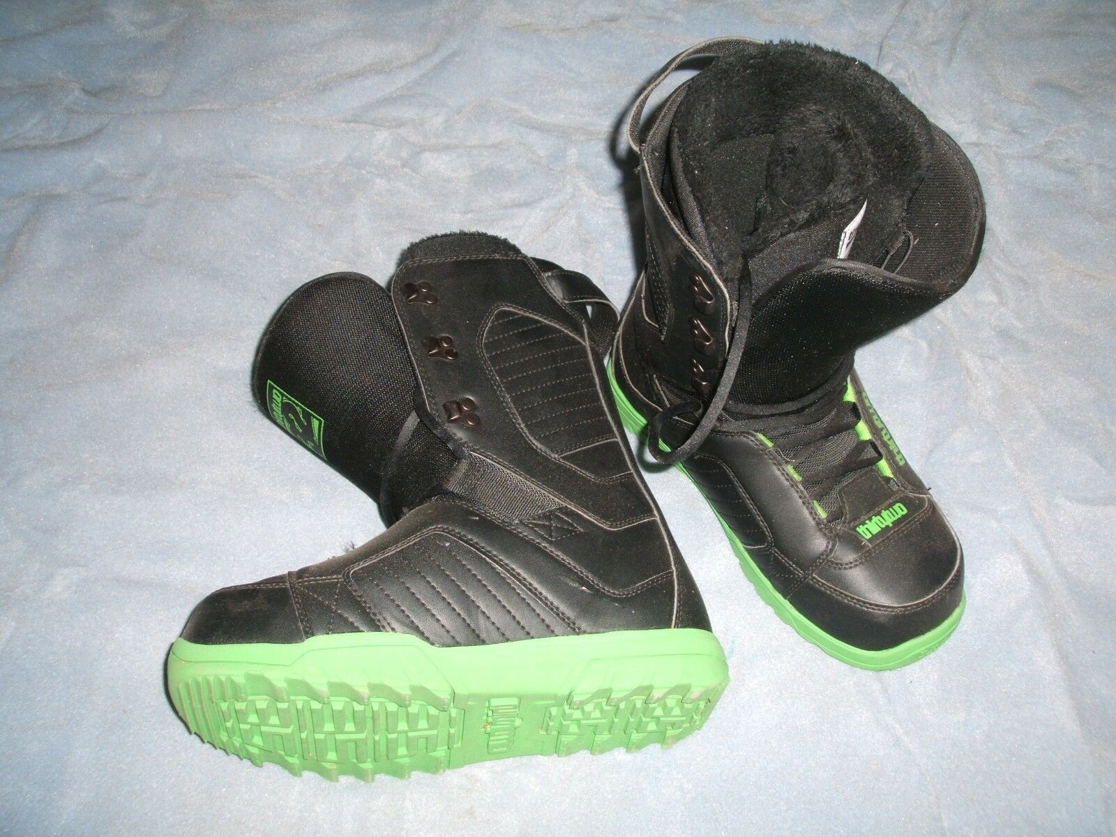 Thirty Two 32 Exus Snowboard Boots Size  9 Excellent Condition ONLY  50  high quality & fast shipping