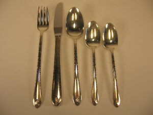 Rogers & Son ist Silverplate 42 PCs Exquisite 1940 Pattern 8 Place Setting