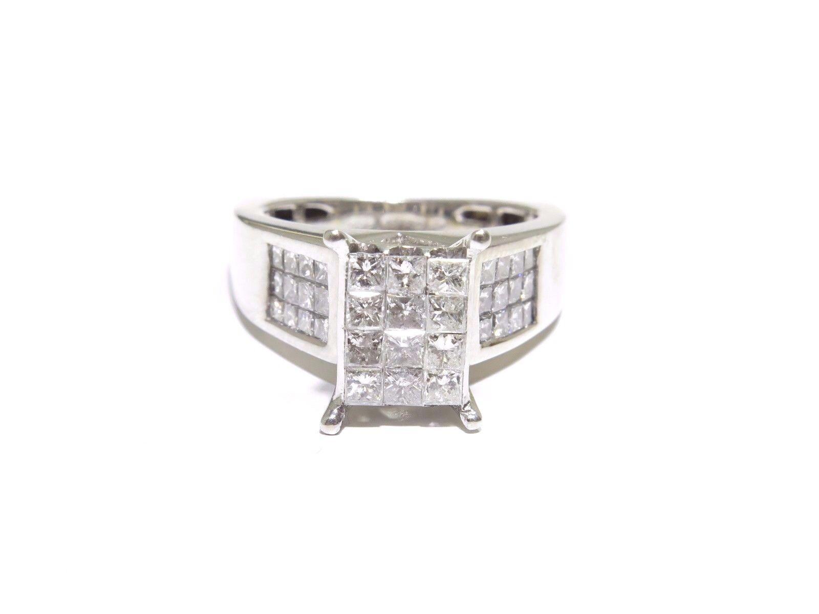 Ladies 14k White gold 2.00ct Princess Cut White Diamond Rectangle Head Ring