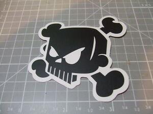 BLACK-SKULL-CROSSBONES-ANIME-Stickers-Bumper-Bombit-Actual-Pattern-NEW
