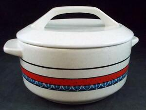 Lenox-STACCATO-Round-Covered-Casserole-1-25-QT-no-signs-of-use-GREAT-CONDITION