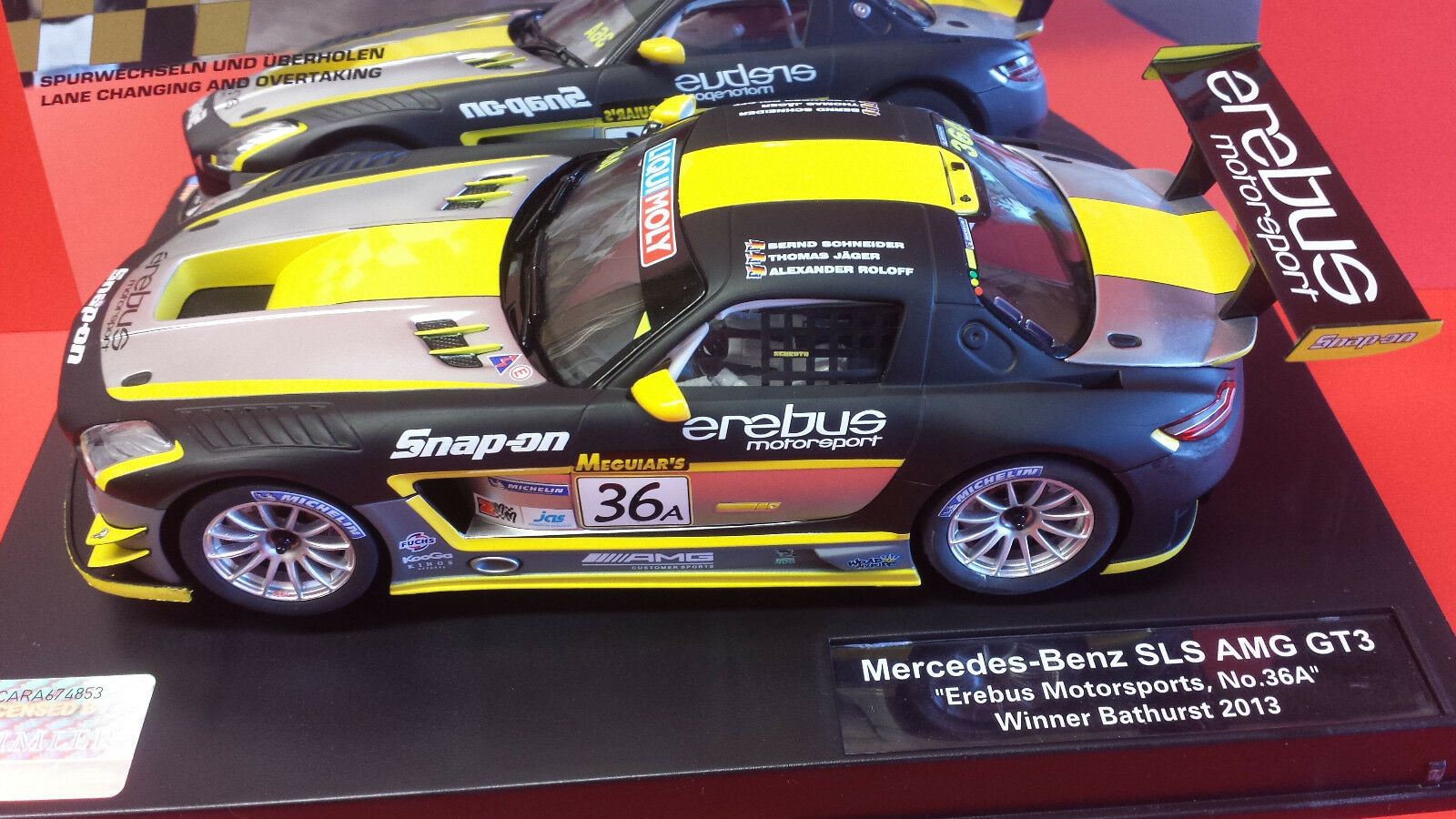 CARRERA D124 23795 MERCEDES SLS AMG GT3 BATHURST 2013 WINNER.
