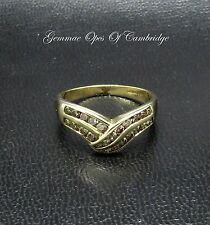 9ct oro mezza eternità 0.6ct CHAMPAGNE Anello di diamanti braccio oscillante Taglia o 2.25g