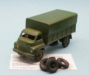 DO26 - Lot de 5  pneus pour 621 BEDFORD 3 TON ARMY WAGON Dinky Toys