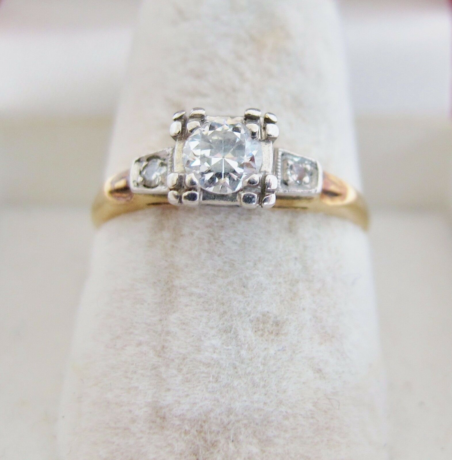 Vintage 14K Yellow gold Engagement Ring with 3 Diamonds  .33 carats (size 6.25)
