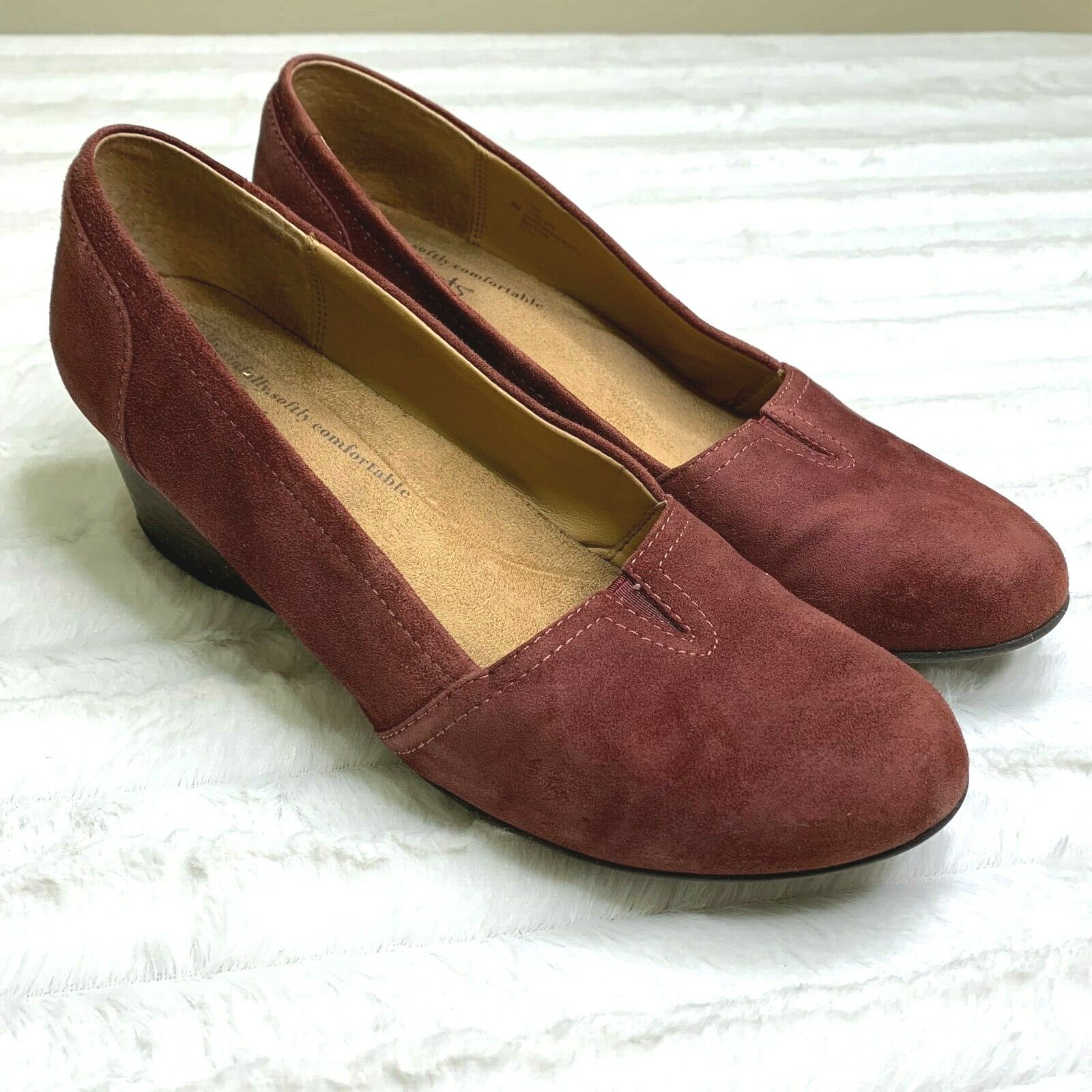 Softspots Women's Wedge Slip On Comfort Shoes Leather Maroon Padded Insoles Sz 8