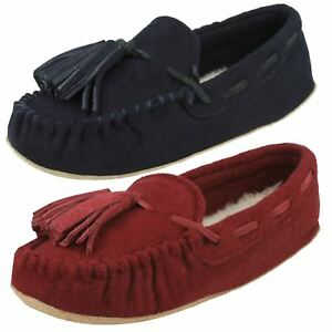 Hausschuhe Ladies Clarks Moccassin Style Slippers 'cozily Comfy'