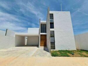 Casa de 2 plantas y 3 recámaras en Dzityá.