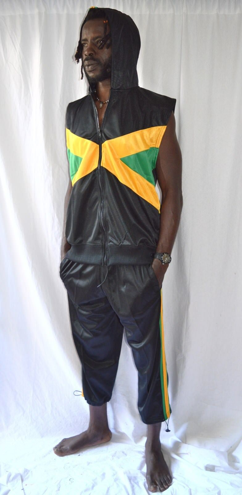 Armellose Kurarm 3 Rasta Hose_Trainer_Jamaica 4 + Jacke