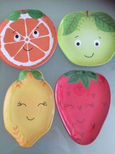 Childrens plastic novelty SMILEY fruit faces picnic fussy eater dinner plate