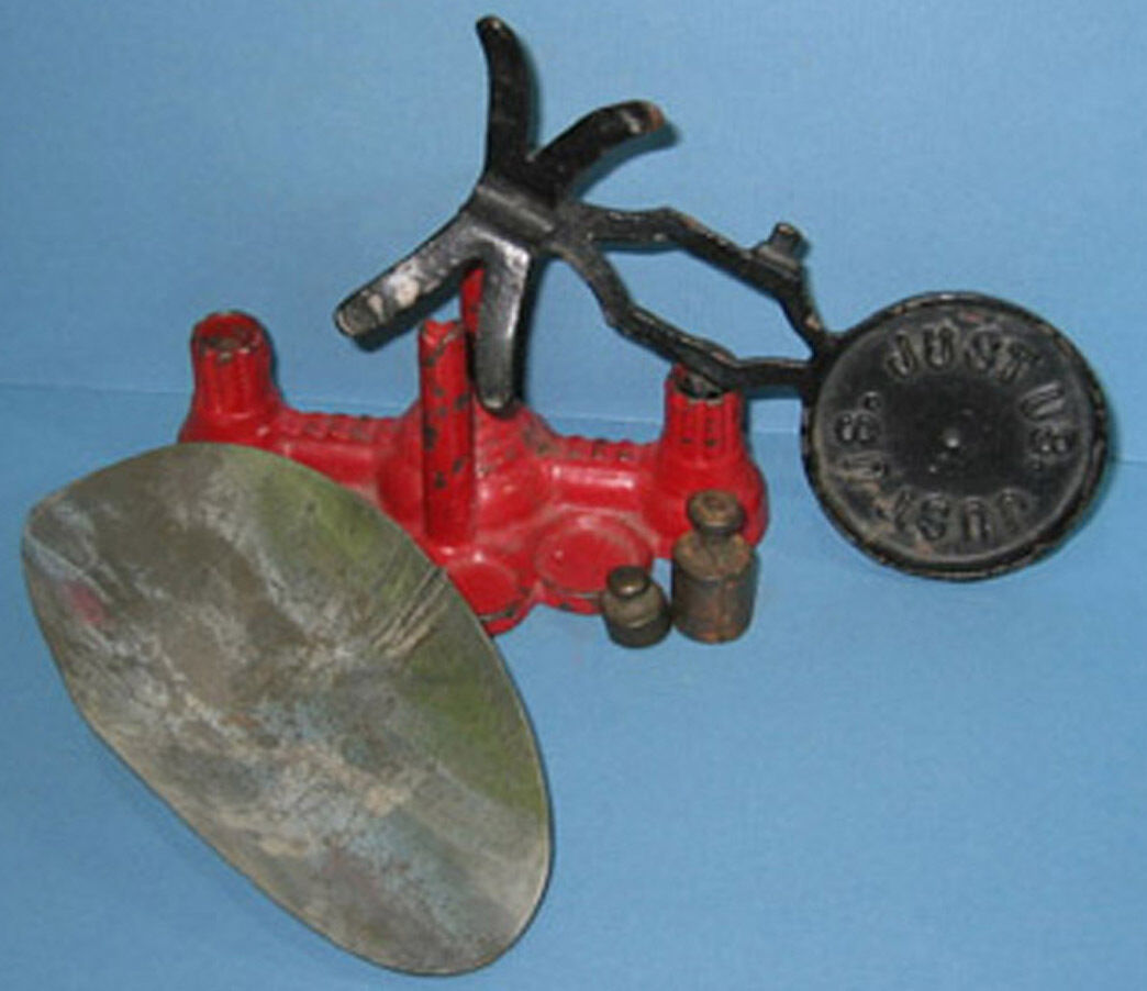 ORIG. OLD CAST IRON TOY    JUST US  SCALE  W SCOOP & 2. WEIGHTS,  ON SALE CI 396 a613e6