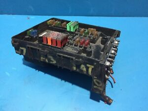 AUDI-A3-2003-2010-UNDER-BONNET-FUSE-BOX-AND-FUSES-1718130-1