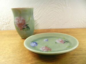 Vtg-Green-Glaze-Hand-Painted-Hydrangea-Soap-Dish-amp-Brush-Holder-Ceramic-Marked