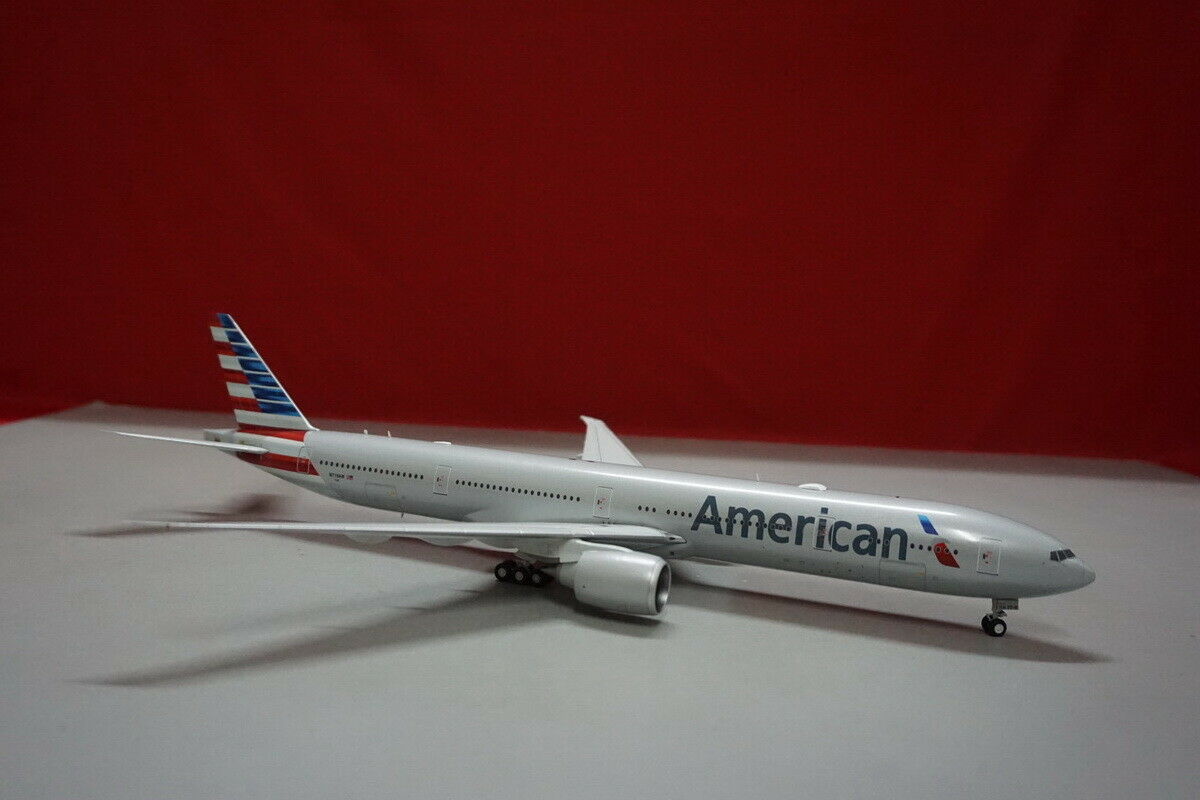 American Airlines New Livery B777-300ER 1 200 N718AN Die-cast Airplane Model