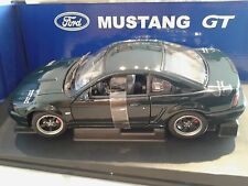 FORD MUSTANG GT BULLITT AUTOart 1/18 NIB  RARE LAST ONE IN STOCK