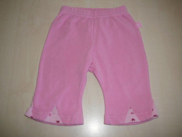 Tolle leichte Hose Gr. 62 rosa an den Beinen mit kleinen Herzchen !!