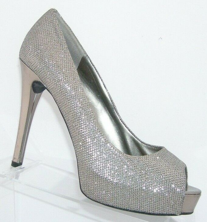 Guess 'Patches' silver sparkle man made peep toe platform heels 8.5M 6392