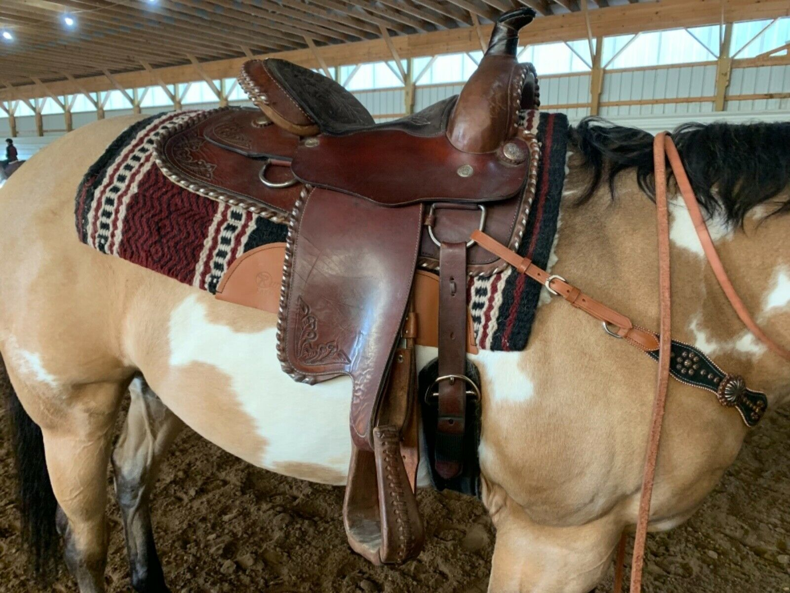 "16"" Buffalo Saddlery western pleasure saddle."