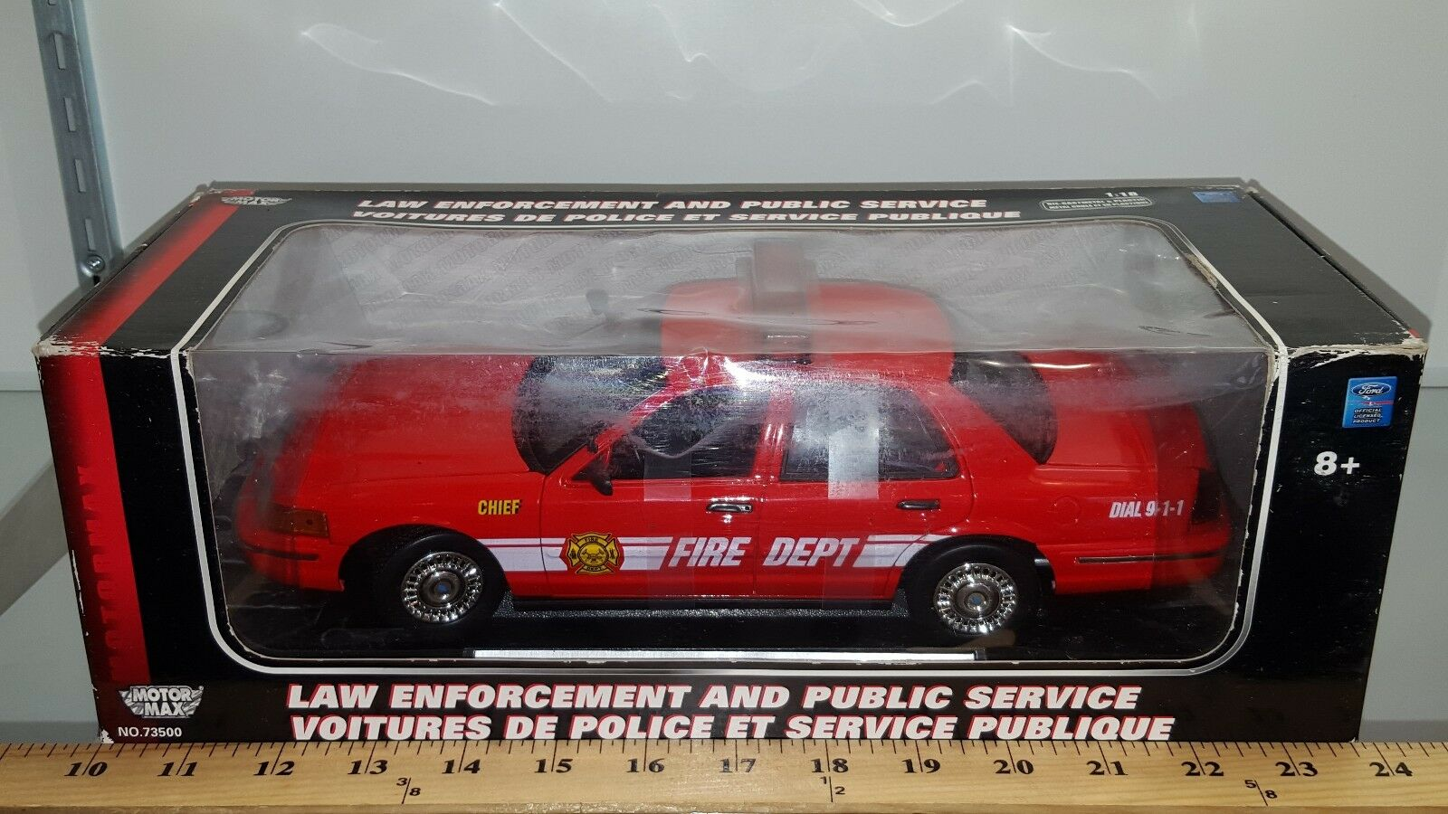 1 18 MOTORMAX FIRE DEPT 2001 FORD CROWN VICTORIA rosso yd