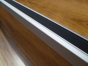 90 cm treppenprofil antirutsch treppenkante treppenwinkel winkelprofil kanten ebay. Black Bedroom Furniture Sets. Home Design Ideas