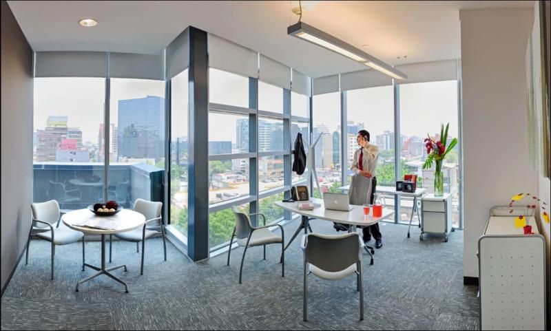 Oficina En Renta En Centro De Negocios En Capital Reforma Para 30 Personas (m2o2