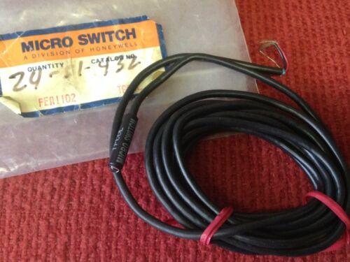 Micro Switch Catalog #TPCOL NEW Photoelectric Sensor // Light Source