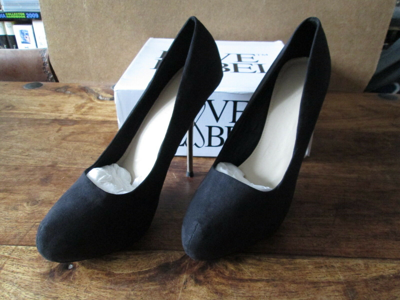 LOVE LABEL BLACK PLATFORM FAUX SUEDE SILVER STILETTO SIZE 7 BRAND NEW IN BOX