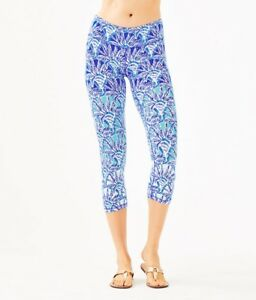 NWT Lilly Pulitzer UPF 50 Luxletic Weekender Crop Legging Whisper Blue Size S