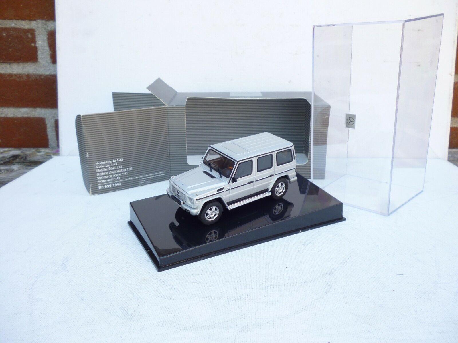 Mercedes Benz G Klasse Street Version Metallic silver 1 43 Minichamps  NEW ovp