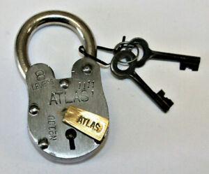 Antique Vintage Style Metal Lock and skeleton Keys