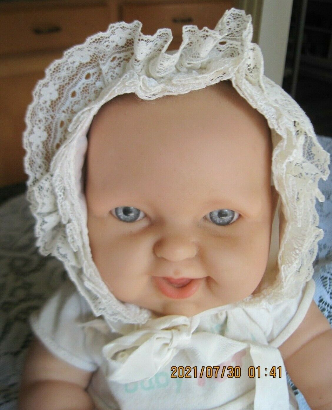 Sweet Vintage White Nylon Baby Bonnet~Trmmed w/Ruffled Lace~Embroidered Flowers