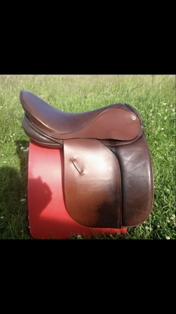 Barnsby  Working Hunter Saddle