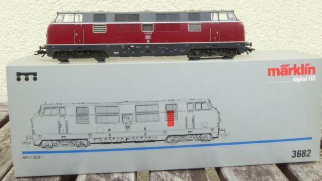 Märklin 3682 Diesellok V 200 139 der DB Epoche 3 Digital + analog neuwertig MHI
