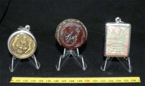 10 presentoirs pour presenter des objets 5.3 x 5.1 x 4.3 cms CAB3