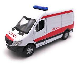 Voiture-miniature-MERCEDES-BENZ-SPRINTER-AMBULANCE-blanc-voiture-echelle-1-34-39-lizensier