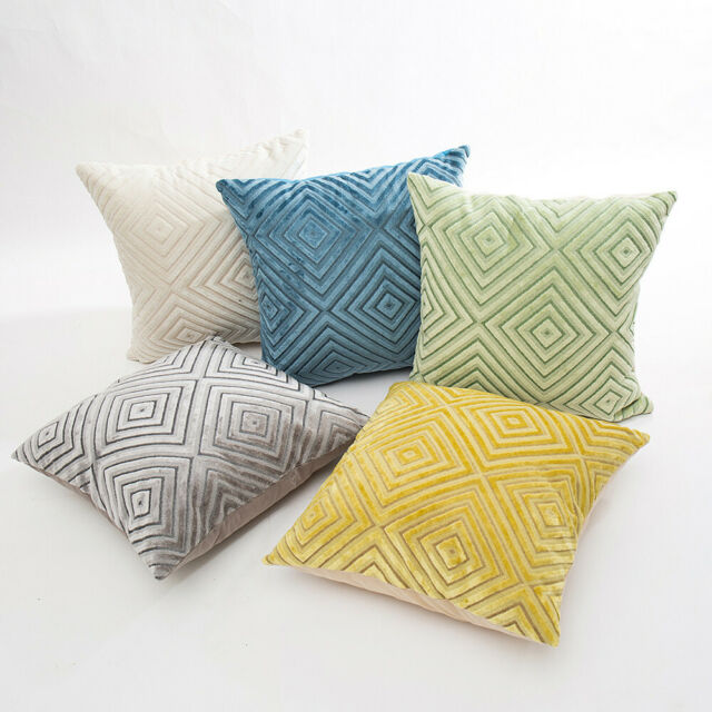 Home Bed Decor Flocking Diamond Sofa Throw Cushion Cover Pillow Case 45 x 45 cm