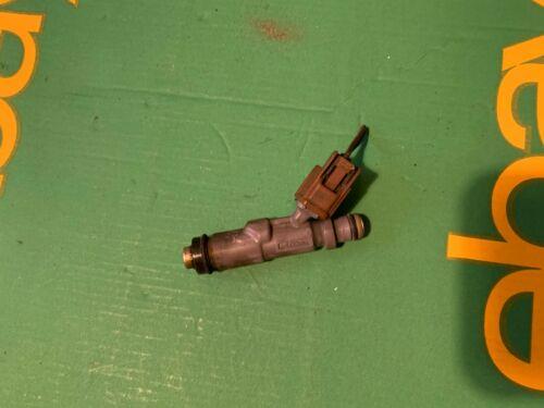 Injector 23250-70120 Lexus IS200 2001