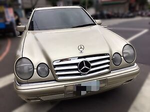 96 97 98 99 00 01 02 Mercedes Benz E Class W210 Style Hood AIR Vent Molding